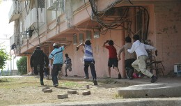 1_Israel_Defense_Forces_-_Children_in_Town_Under_Fire_by_Rockets_from_Gaza_(2)