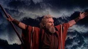 22_Charlton_Heston_in_The_Ten_Commandments_film_trailer